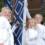 Søte engler ønsker velkommen til førjulstid i Skagen.